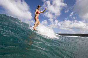 girl-surfing01
